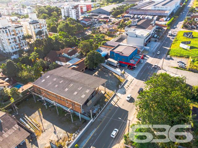 Imóvel comercial à venda  no América - Joinville, SC. Imóveis