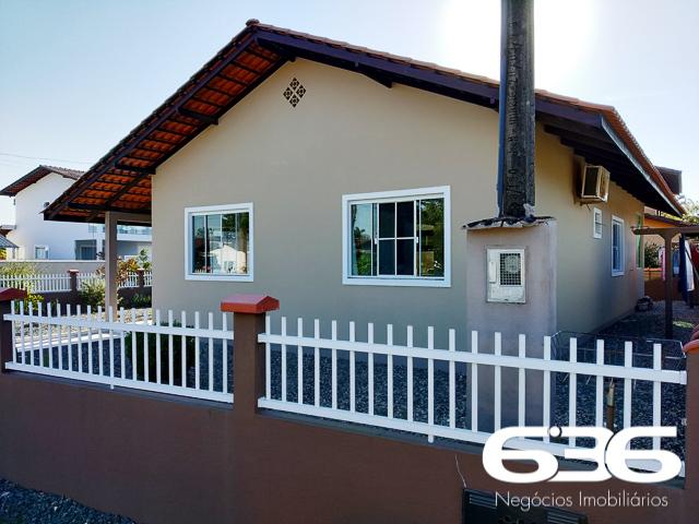 imagem-Casa Térrea-Costeira-Balneário Barra do Sul-03015040