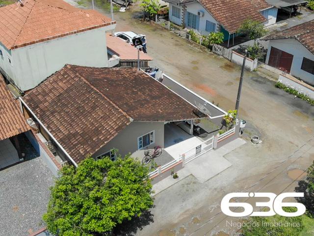 imagem-Casa Térrea-Costeira-Balneário Barra do Sul-03015590